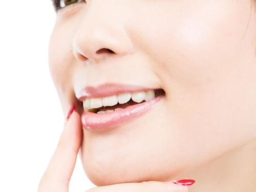 一日で仮歯まで入る治療