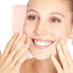 年齢よりも老けて見える原因は歯と歯ぐき